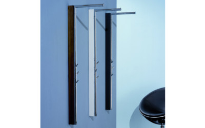 pieper_wandgarderobe_metall_weiss_lucmayor_1